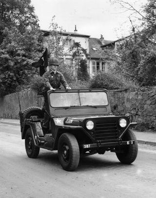 Dad-jeep