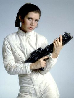 Princess_Leia_Organa_Large_Blaster_Pose